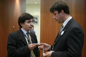 Алексей Монастырский (справа), ведущий специалист отдела САПР и инженерного анализа CSoft