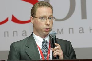 Обзор аппаратного обеспечения. Выступает Илья Шустиков, директор отдела систем обработки сканированных изображений (CSoft)