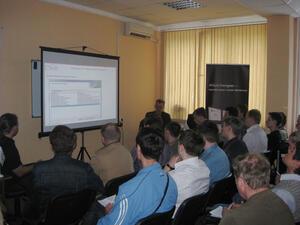 Генеральный директор CSoft Новосибирск Михаил Литвинов в своем докладе осветил тему перехода с P-CAD на Altium Designer