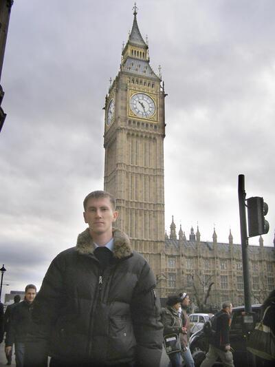 Михаил Ефремов на фоне «Big Ben»