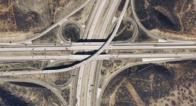 В AutoCAD Civil 3D имеются все необходимые инструменты для извлечения аэрофотоснимков, спутниковых фотографий и данных о рельефе из Google Earth