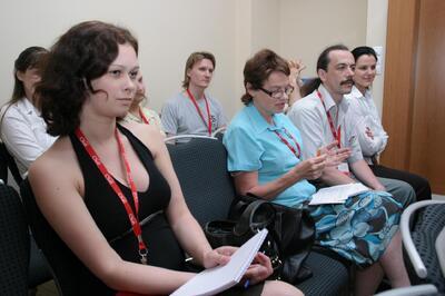 Журналисты задают вопросы докладчикам