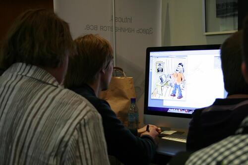 Выставка технологий. Желающие почувствовать себя художниками могли опробовать в действии представленные здесь планшеты